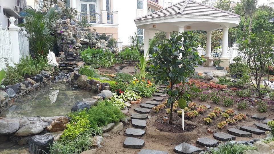 Vườn hoa Suối nước